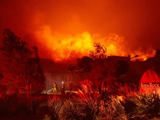 Incendies en Californie: après les vignobles du nord, les quartiers chics de Los Angeles touchés