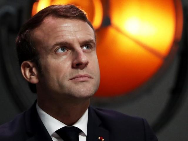 """""""L'enjeu pour l'exécutif est de réinventer l'image du président"""" : un""""nouveau Macron"""" entre enscène dans son """"acte II"""""""