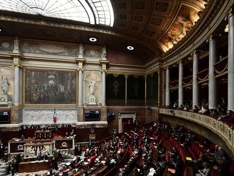 Des parlementaires accusés de détourner des frais de mandat