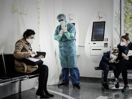 Coronavirus: la France va monter en régime sur les tests