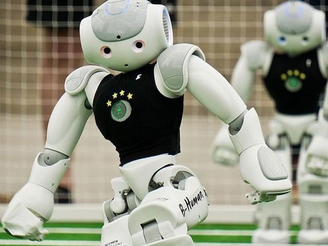 Robotique : un député veut inscrire dans la Constitution française une loi issue de la SF