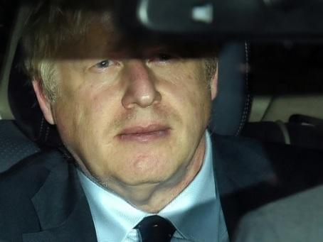 Brexit: nouvelle épreuve de force pour Boris Johnson au Parlement après une défaite cuisante