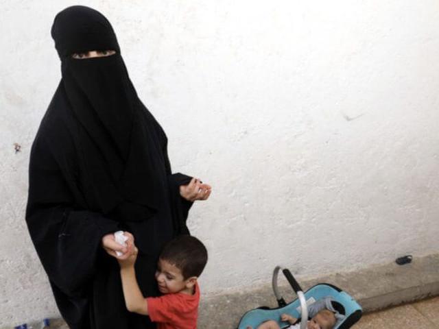La France va rapatrier les enfants et les épouses de djihadistes