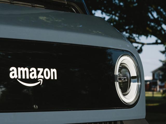 Amazon dévoile son premier fourgon de livraison électrique, 100 000 sont à prévoir d'ici 2030