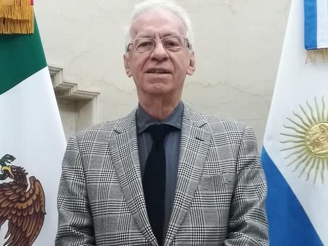 L'ambassadeur du Mexique en Argentine pris en flagrant délit de vol de livre