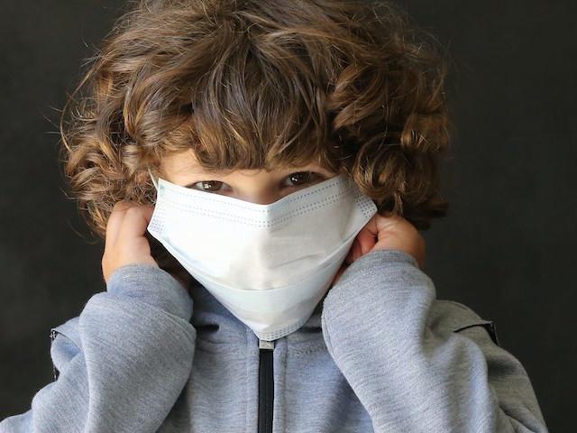 """Maladie de Kawasaki et coronavirus : en moyenne """"trois enfants par jour"""" hospitalisés à Necker"""