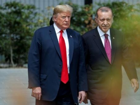 En Syrie, Trump piétine les objectifs traditionnels de Washington