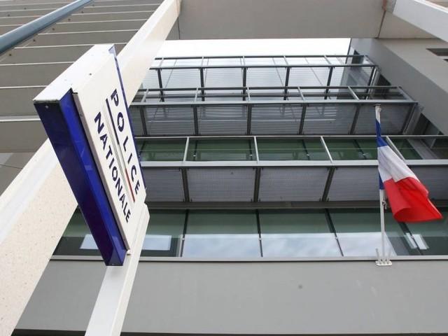 Nantes: il repêche un obus de mortier puis le ramène (tranquille) au commissariat
