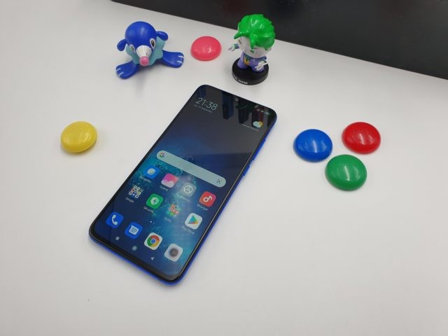 Le Xiaomi Mi 9 Lite (6+128Go) à 290 euros