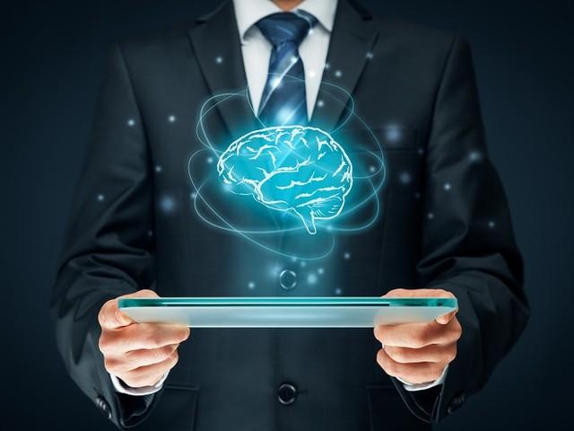 """Intelligence Artificielle : """"il y a un beaucoup de fantasmes"""" selon Ronan Bars"""