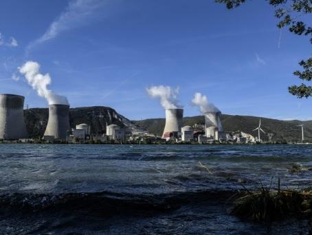 Séisme: les centrales nucléaires conçues pour résister mais surveillées de près
