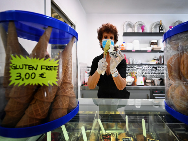"""Les """"gelati"""" font leur retour en Italie, une glace Covid-19 pour faire passer la pandémie"""