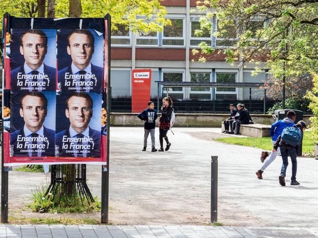 Actualité : Complément d'enquête sur les #MacronLeaks, deux ans après
