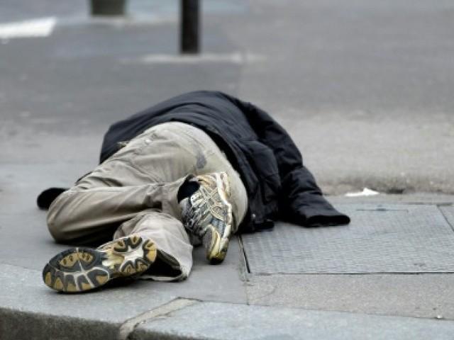 Rouen: des casiers pour les SDF dans les rues de la ville