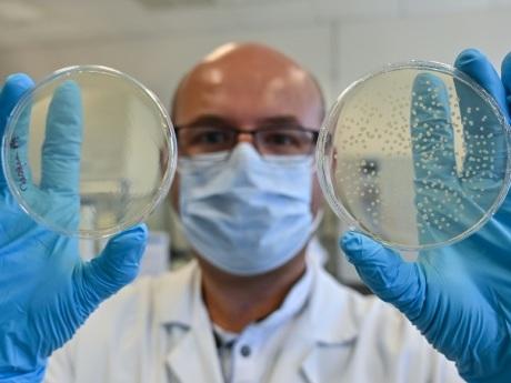 Un laboratoire de Saint-Etienne à la pointe des tests sur les masques