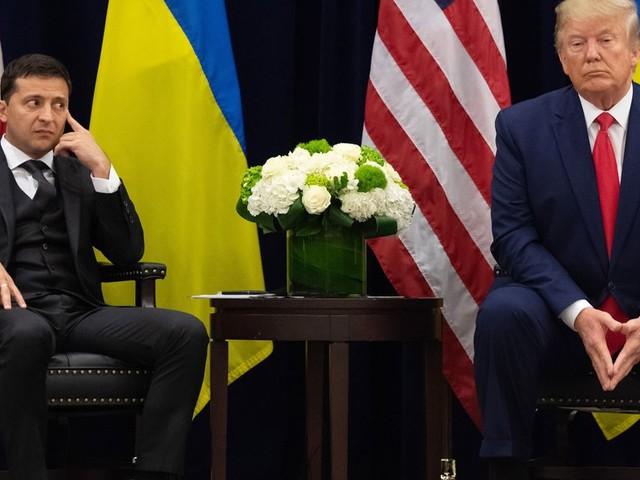 L'aide à l'Ukraine a été gelée seulement 90 minutes après l'appel de Trump à Zelensky