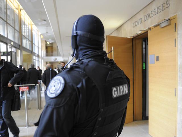 """Procès du repenti de la mafia corse : """"En France, un témoignage aussi précis, c'est une première"""""""