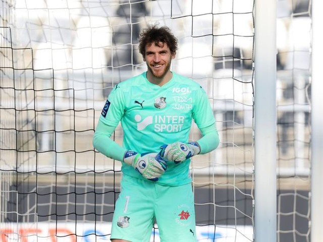 Amiens SC - Le gardien Régis Gurtner réfléchit à un départ!