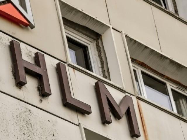 """Le mouvement HLM fixe une """"ligne rouge"""" au gouvernement: pas de baisse des APL"""