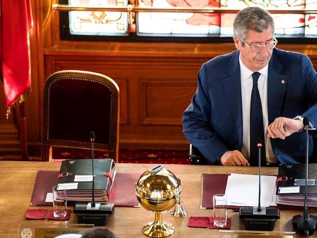 Municipales : malgré un sondage inespéré à Levallois, le camp Balkany divisé