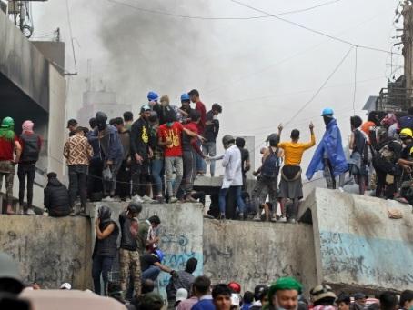 En Irak, les politiques négocient sous la pression persistante de la rue