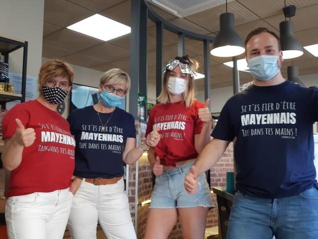 """Covid-19 : """"Si t'es fier d'être Mayennais, tape dans tes mains"""", des tee-shirts contre le """"Mayenne-bashing"""""""