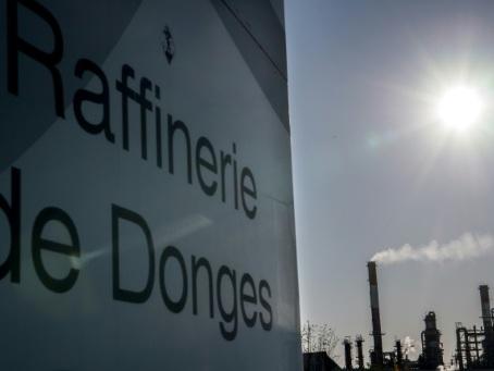Sept raffineries sur 8 bloquées, selon la CGT