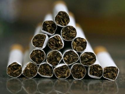 Cigarettes: les ventes chutent en mars, après une forte hausse des prix