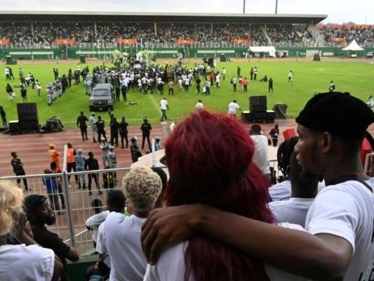 La Côte d'Ivoire dit adieu à son idole DJ Arafat