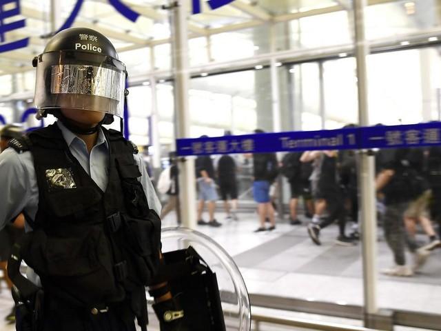 """EN DIRECT - Hong Kong : Pékin dénonce des agressions """"quasi-terroristes"""" contre des ressortissants chinois"""