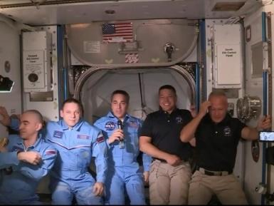 Les premiers astronautes transportés par SpaceX sont entrés à bord de l'ISS