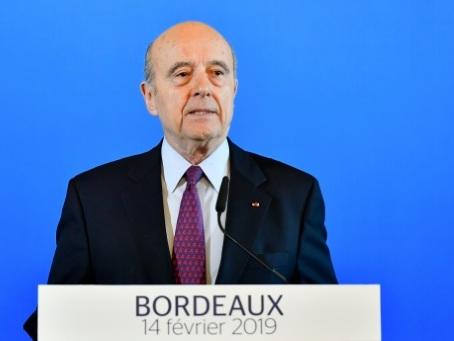 """Juppé abandonne le """"combat politique"""" : """"l'envie me quitte"""""""