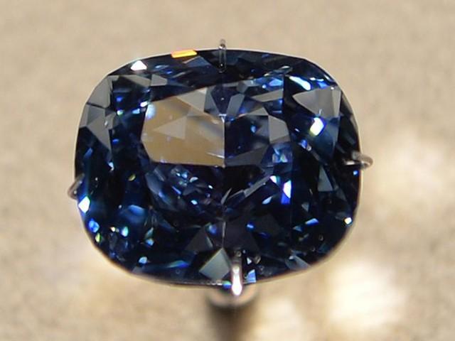 Thaïlande: l'énigme du diamant bleu persiste