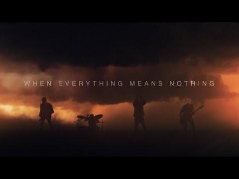 Fit for a Kingnous partage son dernier titre, tout franchement extrait de Dark Strikesqui vient...