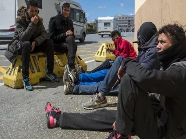 Le ministre de l'Intérieur espagnol nie les retours forcés des mineurs marocains
