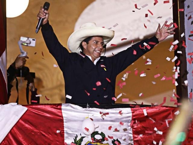 Au Pérou, très touché par le covid-19, une élection présidentielle sous haute tension