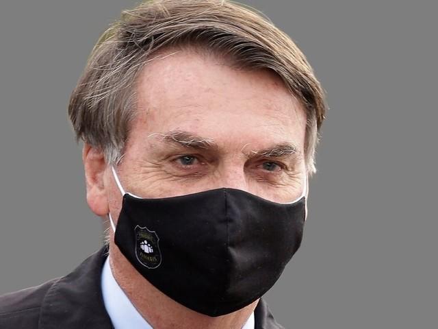 Coronavirus: Au Brésil, Bolsonaro veut la reprise du foot malgré l'épidémie