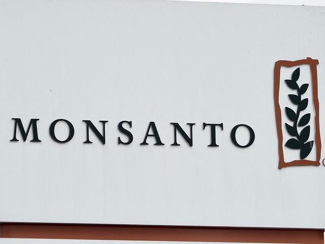 Fichage illégal à des fins de lobbying: l'entreprise Monsanto sanctionnée en France d'une amende de 400 000 euros
