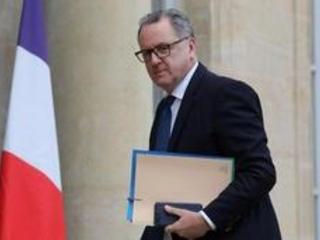 """Annonces de Macron: """"Il faudra creuser le déficit"""", de manière """"strictement temporaire"""""""