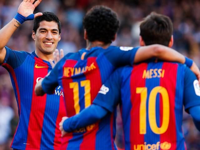 Mercato - PSG : Neymar aurait fait une annonce fracassante à Messi et Suarez !