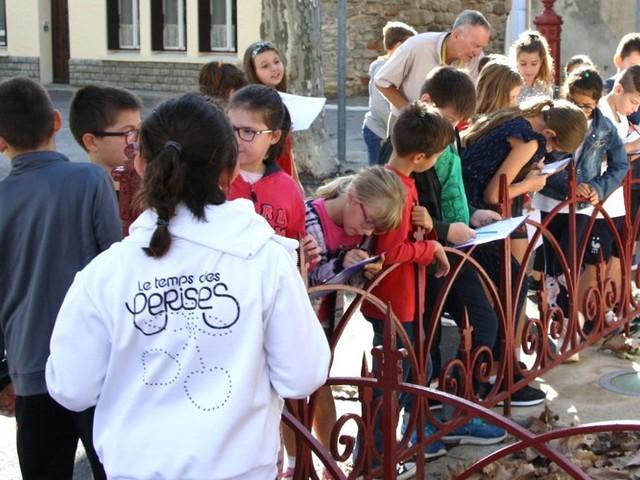 Le Souvenir Français intervient à l'école d'Azille