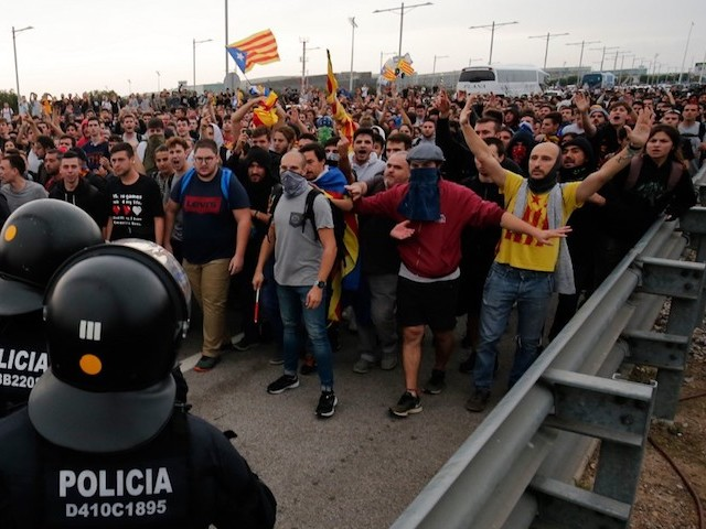 Désobéissance civile en Catalogne après les lourdes condamnations des leaders indépendantistes