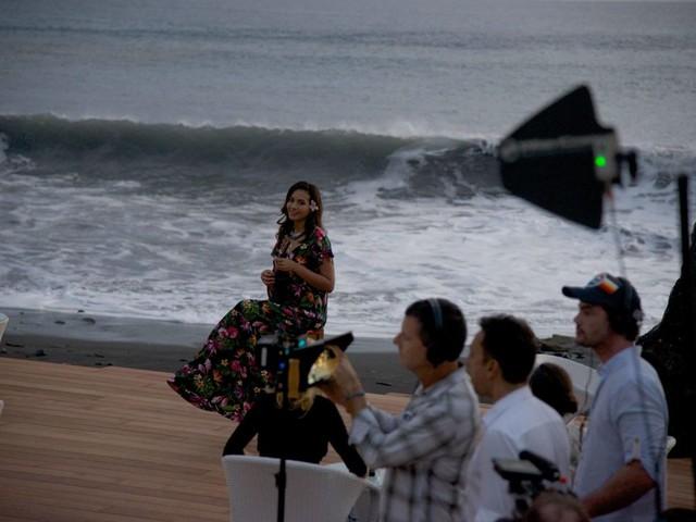 Meurtres à Tahiti : quand les Miss France jouent la comédie !