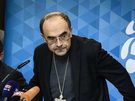 """Preynat: un ancien prêtre assure avoir prévenu le cardinal Barbarin """"dès 2002"""""""