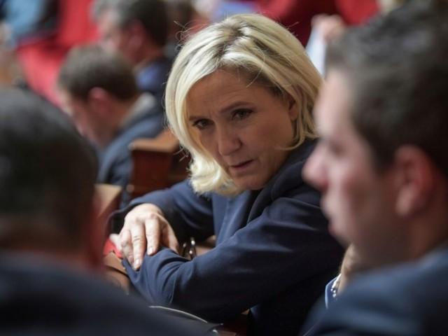 """Retraites: Marine Le Pen """"comprend parfaitement"""" la grève du 5 décembre"""