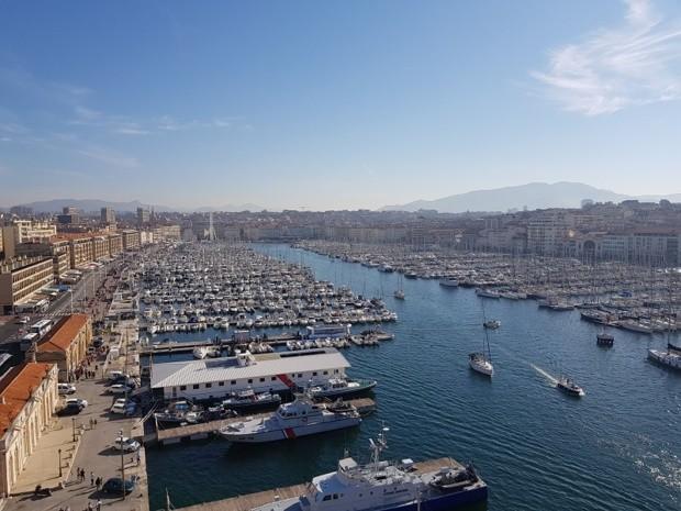 """""""Fermer les bars et restaurants d'Aix-Marseille est un quasi-reconfinement !"""""""