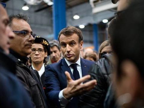 Les infos immanquables du jour : Macron chez Whirlpool, NousToutes et Daniel Leclercq