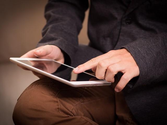 Un iPad prend feu et fait un mort, Apple poursuivi en justice