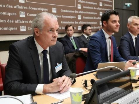Lubrizol: le PDG tente de rassurer sur l'impact de l'incendie pour la santé et sur les indemnisations