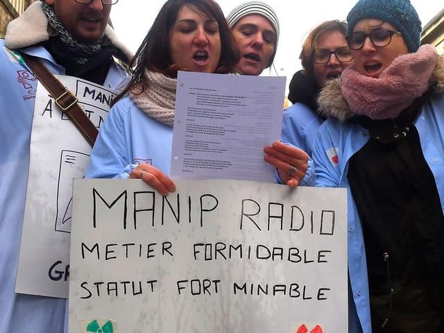 Mal payés, corvéables à merci, nous, manipulateurs radio, sommes des soignants en grève